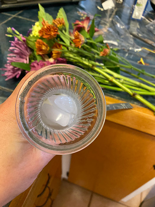 How to Make Flowers Last Longer